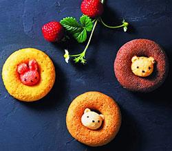 最近だとロールケーキなどが特に人気です